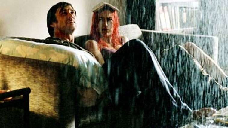 eternal sunshine of the spotless mind mise en scene Of all kaufman's screenplays, eternal sunshine of the spotless mind deals with his ongoing theme of internal reflections and interior landscapes in the.