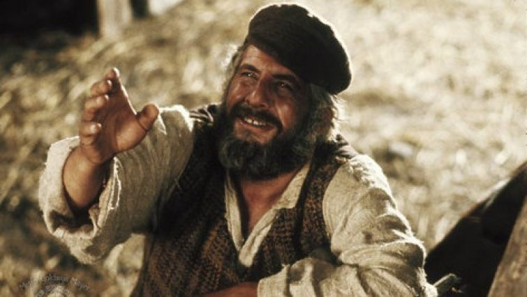 0c6a25c0b36 FIDDLER ON THE ROOF